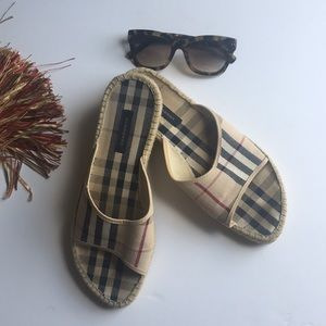 Burberry Slipons